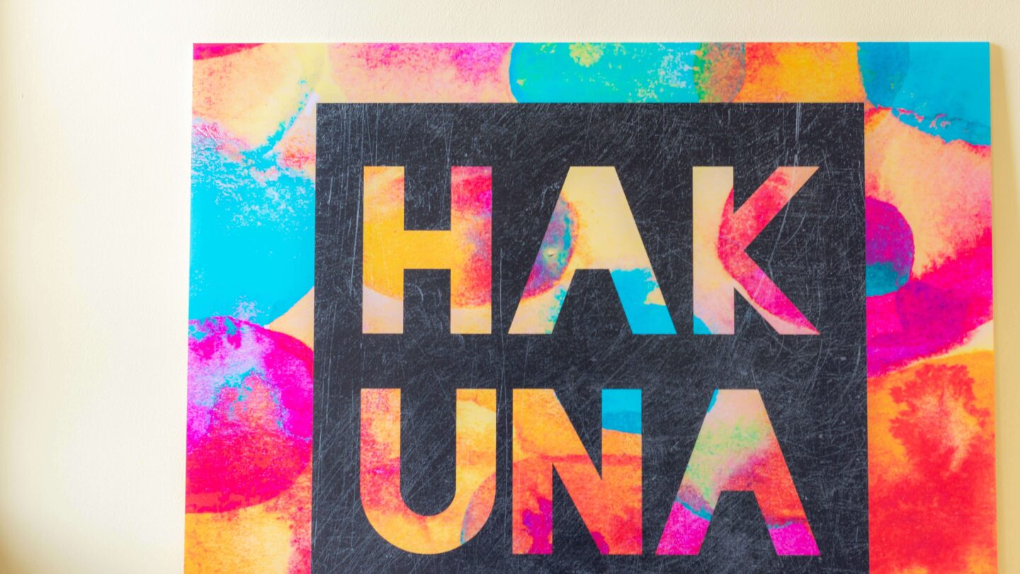 Colours and their meaning_Hakuna Matata Posterlounge